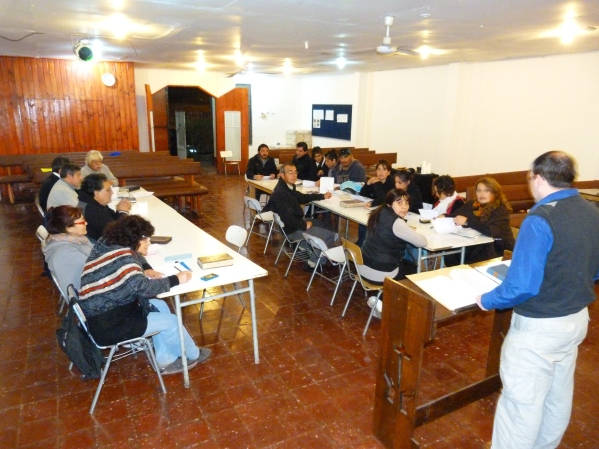 Mike teaches at a church in Montijo.